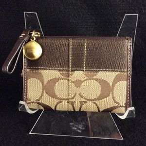 COACH key ring fob with card & change case